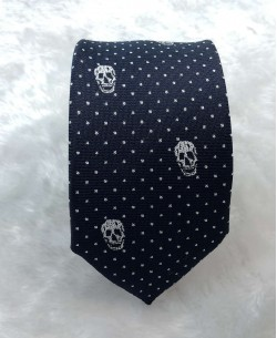 CRHQ-65 Dark blue slim tie SKULL prints