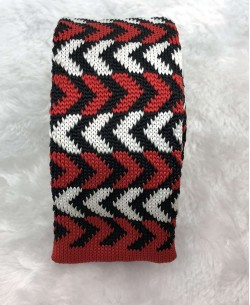 CR-02A White/red knitted tie
