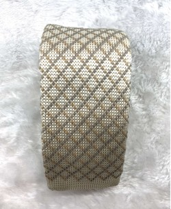 CR-08A Beige knitted tie