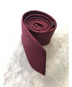 CRHQ-86 Burgundy tie PLAZA prints